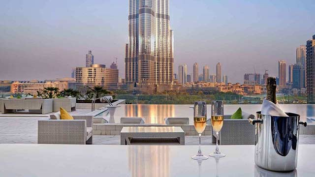 Rooftop bar Dubai Sofitel Dubai Downtown in Dubai