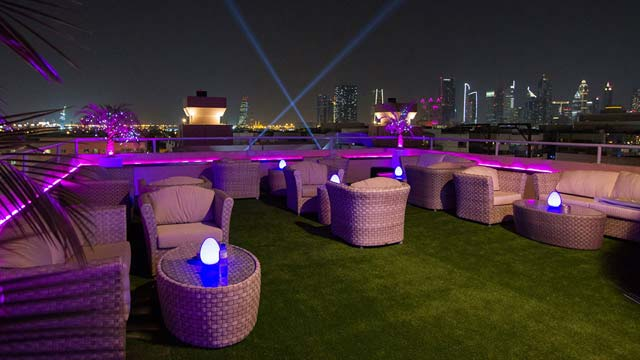 Rooftop bar Dubai Temptations Bistro & Terrace in Dubai