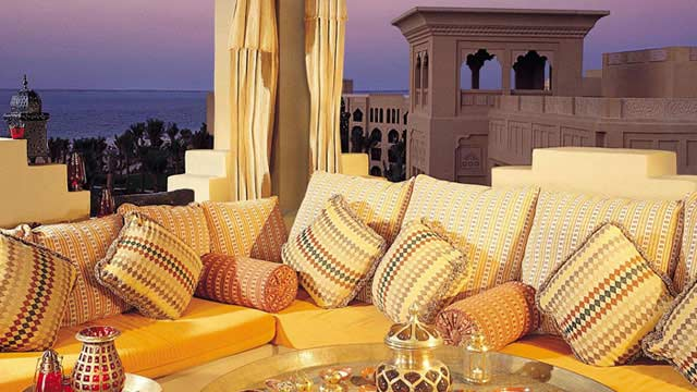 Rooftop bar Dubai The Rooftop Terrace & Sports Lounge – The One&Only Royal Mirage in Dubai