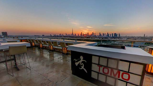 Rooftop bar Dubai Tomo in Dubai