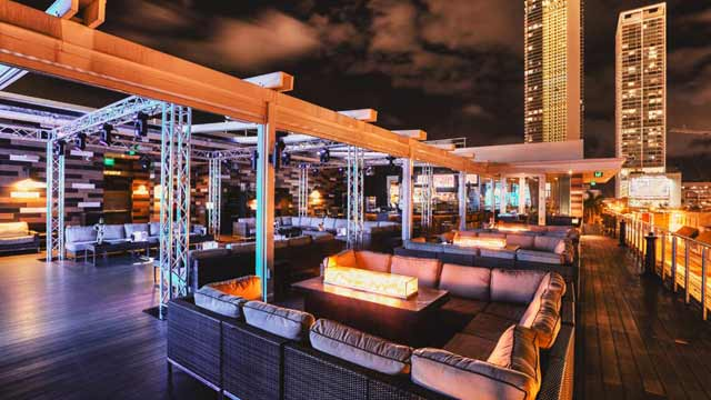 Rooftop Rooftop at E11even i Miami