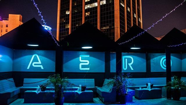 Takbar Aero Rooftop Bar & Lounge Rooftop bar i Orlando