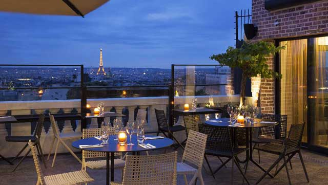 Takbar Paris Terrass'' Restaurant & Bar i Paris